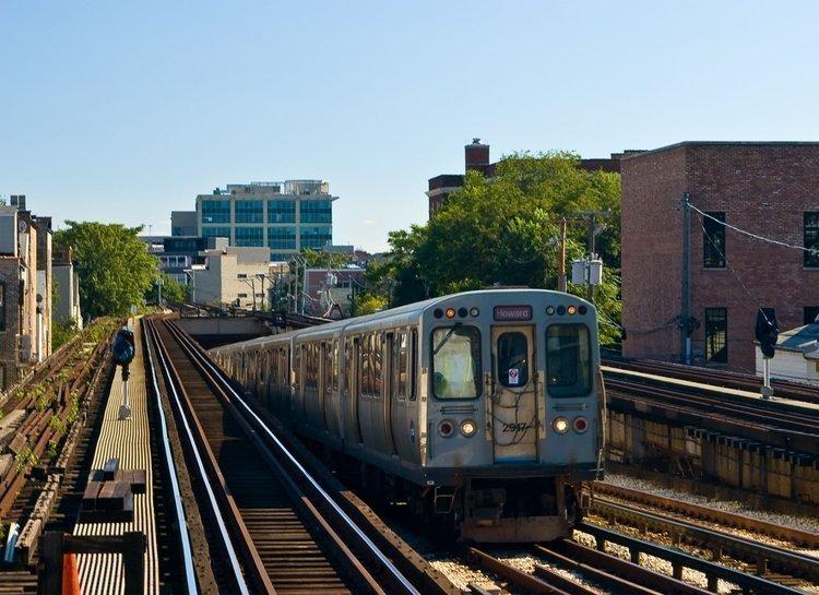 A CTA Red Line train.