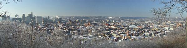 The Jackson Hill Park overlook is just one of many public overlooks Cincinnati has to offer.