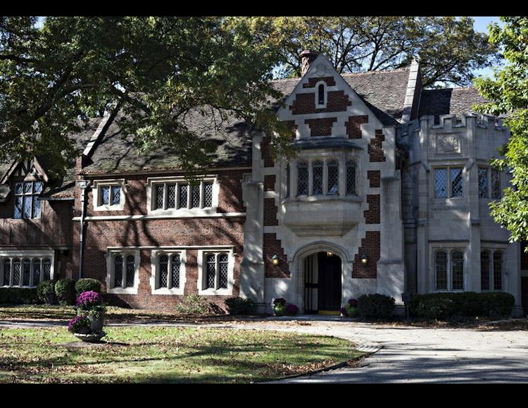 Pinecroft was the estate of Powel Crosley, radio broadcasting magnate and former owner of the Cincinnati Reds.