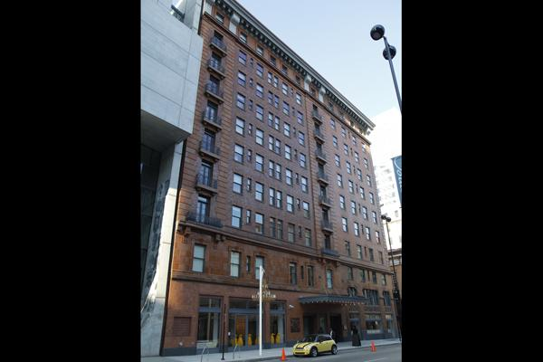 21c sits across from the Aronoff Center on Walnut Street in what was an apartment building.