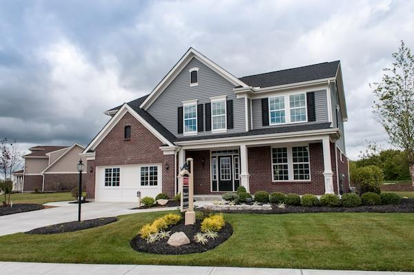 Web site promotes new home sales.