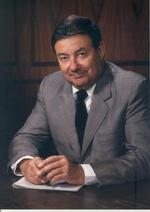 Memorial services set for former P&G chief <strong>John</strong> <strong>Smale</strong>