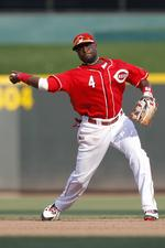 Rawlings sues Wilson for trademark infringement of Gold Glove Award
