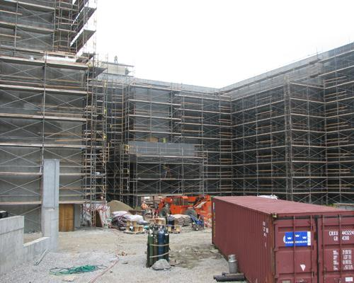 To accommodate smokers, Horseshoe Casino Cincinnati is building two outdoor terraces that will be accessible from the gaming floor.