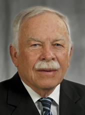 Charles Deters, 82, was presented with the Distinguished Lawyer of the Year award by the Northern Kentucky Bar Association