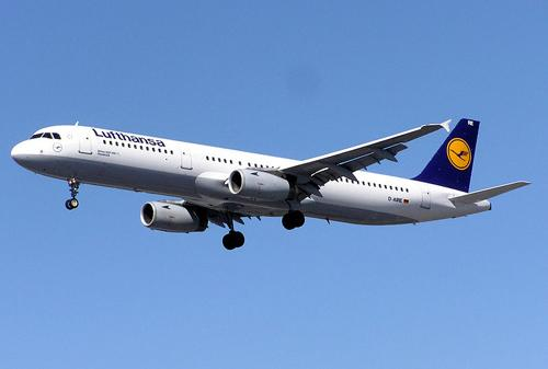 The closest markets to Cincinnati with direct Lufthansa flights are Detroit and Chicago.