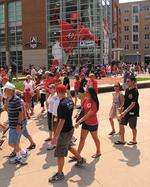 <strong>Browning</strong>, Lachey headline Reds Game 3 festivities