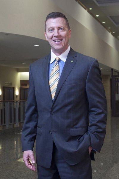 Mark Reitzes  became head of Huntington National Bank's Southern Ohio/Kentucky region in January 2008.