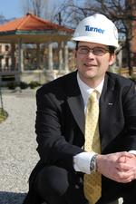 <strong>Mooney</strong> comes home as general manager of Turner Construction in Cincinnati