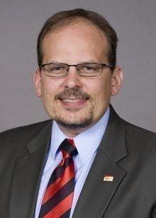 Douglas J. Walouke, CFA