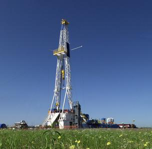 Shale drilling rigs like this one by Chesapeake Energy are sprouting across eastern Ohio.