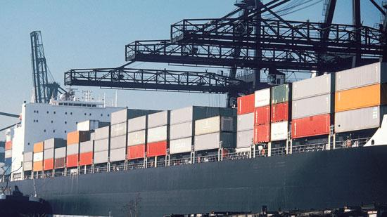The National Retail Federation wants the Obama administration to intervene on port contract negotiations to avert a strike.
