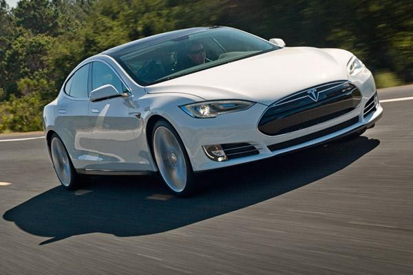 People Interested In Spending 70 000 To 100 Or More For An Electric Car Made By Tesla