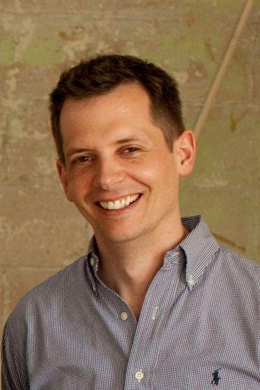 Jeni's CEO John Lowe said the company's GiltTaste.com initiative is an innovative alternative to markdowns.