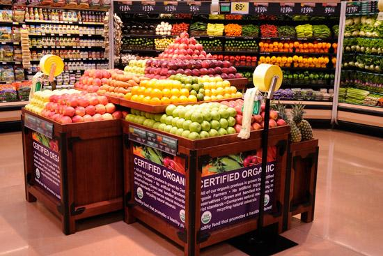 Kroger is bringing more of its organic produce selections to its new store at the Short North.