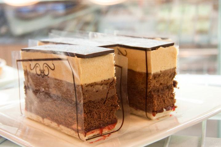 Fans of Mozart's Bakery's Buckeye Bars and other delectables will have another outlet in Clintonville to buy from.