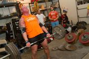 Stanton pulling up 665 pounds in good form -- legs locked, back straight while keeping the lift under control.