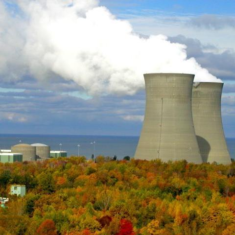 The U.S. Nuclear Regulatory Commission has granted a license to SCANA Corp. to build two 1,117-megawatt nuclear units at the V.C. Summer nuclear plant near Jenkinsville, S.C.