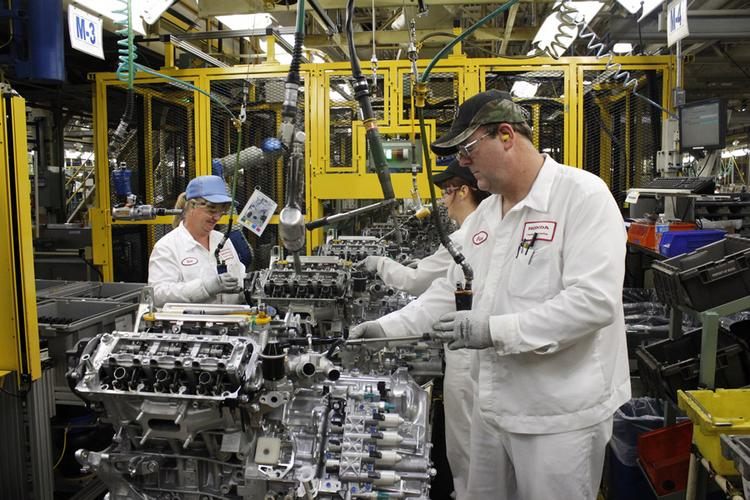 The U.S. auto industry is primed for hiring thanks to growing sales.