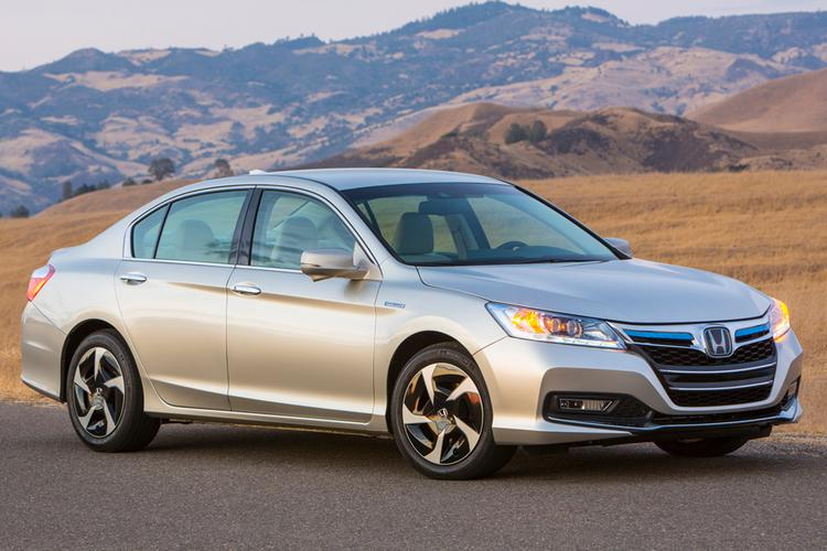 The new Accord hybrid model will be in showrooms nationwide in the summer.
