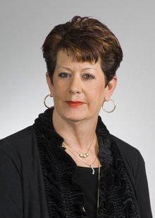 Lynn Vara