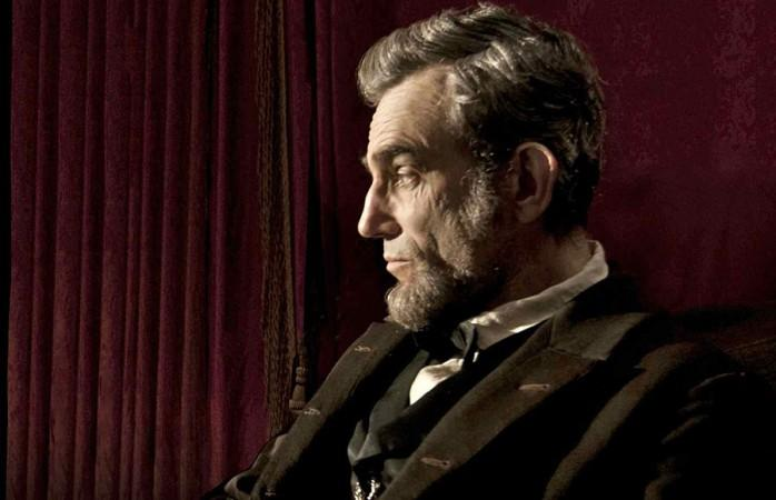 "A factual error in ""Lincoln"" has some calling for director Steven  Spielberg to make an edit to the Oscar-nominated film before it is  distributed on DVD and Blu-ray."