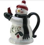 J.C. Penney tweeted that had it picked a teapot that looked like someone, it would have chosen a snowman.
