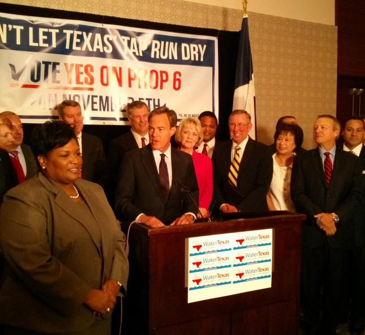 Joe Straus, speaker of the Texas House of Representatives, center, rallied support for Proposition 6 in Dallas Wednesday.