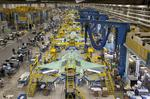 Lockheed takes on more risk in new F-35 contract