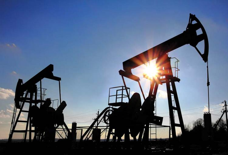 Oil production from shale wells will continue to increase and could reach 5 million barrels per day by 2017.