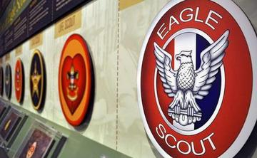 Boy Scouts end ban on gay members