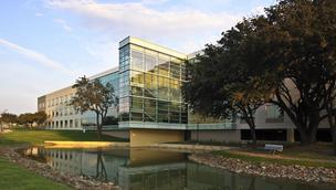 Alcon's office space on Green Oaks in Fort Worth.