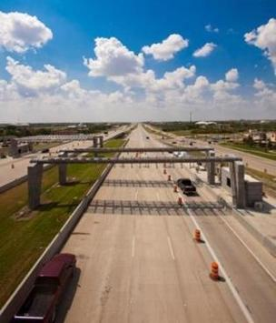 The new 41-mile toll road between San Antonio and Austin is now charging  drivers looking to take advantage of the nation's fastest legal speed  limit.