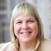 Tammy Lundstrom