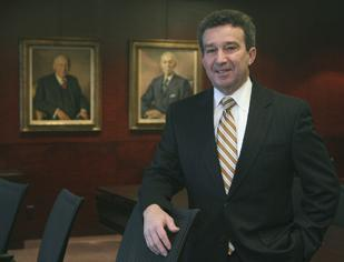 Growing Practice: Dinsmore and Shohl, which is the Dayton-area's second largest law firm, hired Bill Hunt earlier this year to work in its white-collar crime practice. Hunt, who will be based in Cincinnati, is a former U.S. attorney general for the Southern District of Ohio.
