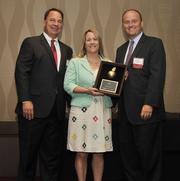 Shelly Gasson, International HR, Benefits & Compensation Director of Midmark Corp., accepts the award.