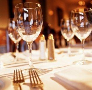 Giordano's in Lake Buena Vista ranked among Restaurant.com's 25 most popular restaurants.