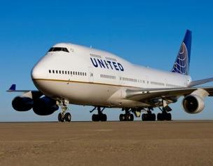 United Airlines, the largest carrier at LAX, will offer daily, nonstop flights between Los Angeles and Shanghai.