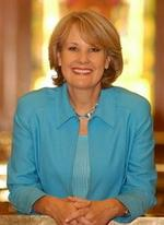 <strong>Jane</strong> <strong>Norton</strong> wants debt relief after 2010 campaign
