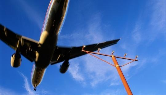 House and Senate leaders have reached an agreement on a controversial Federal Aviation Administration bill.