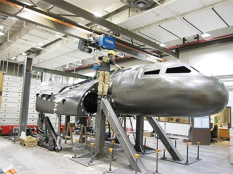 A mockup of Sierra Nevada Space System's Dream Chaser spacecraft being prepared for tests (file).