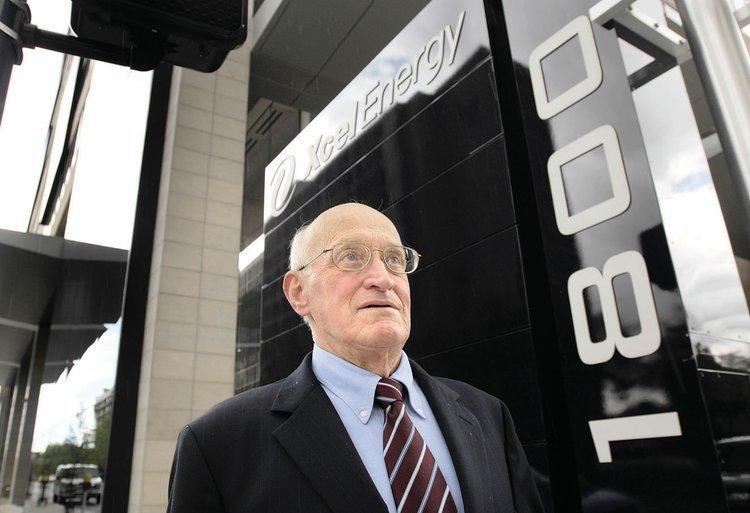 Denver shareholder activist Gerald Armstrong (file)