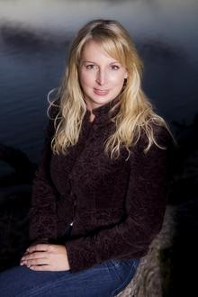 Angela Oberlin