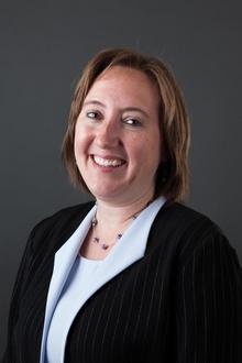 Robyn Linstrom