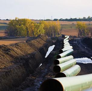Nebraska environmental regulators recommended that TransCanada find a better Keystone route to avoid environmentally sensitive areas.