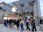 Slideshow: Highland Village Apple Store opening attracts hundreds