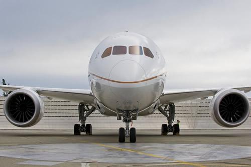 Boeing may develop a larger version of the 787 Dreamliner.
