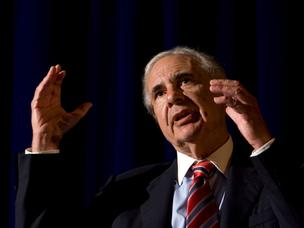 Carl Icahn has offered to buy the remaining stake of CVR Energy Inc. (NYSE: CVI) after he failed to find a buyer for the Sugar Land-based company.