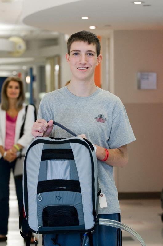 Teen Jordan Merecka traded in a 418-pound power supply for a 13.5-pound pneumatic driver, worn in a backpack, that powers his artificial heart.