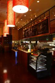 Ruggles Green offers local, organic, gluten-free and vegetarian options.